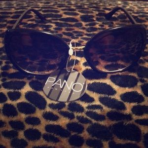 Black with Amber lens